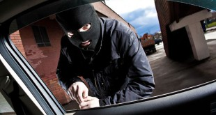 ΠΡΟΣΟΧΗ! Τι σημαίνει αν δείτε ένα κέρμα πάνω στην πόρτα του αυτοκινήτου σας